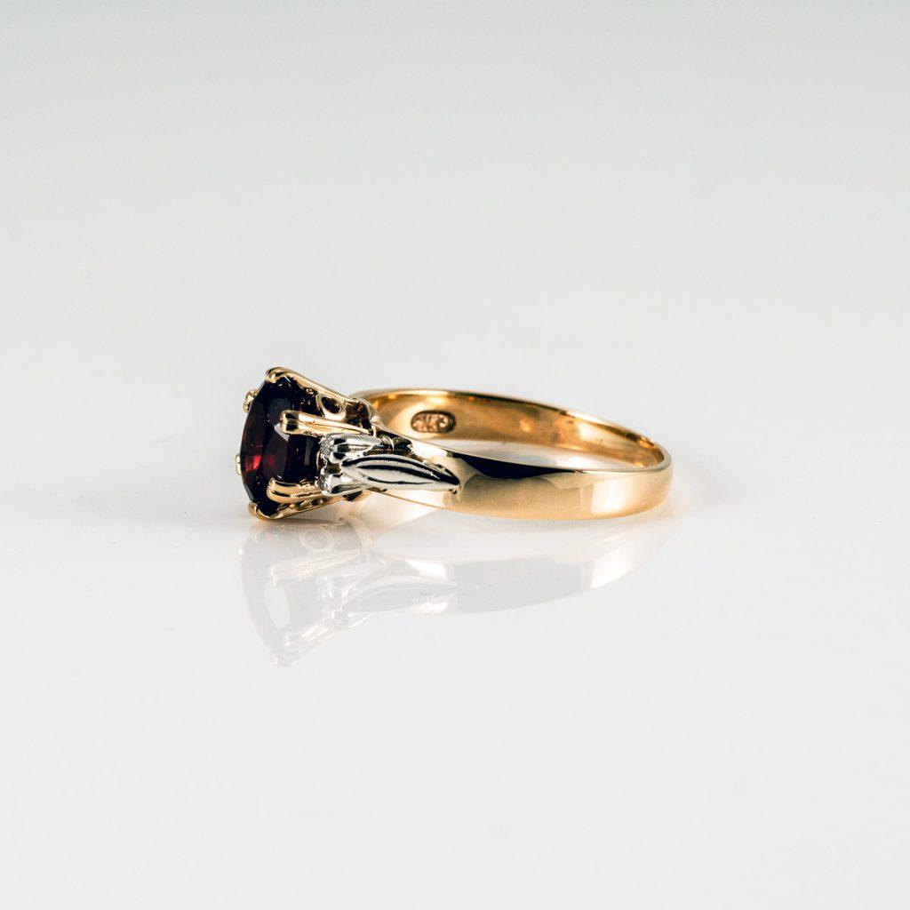 Rebuild Claws Garnet Ring 027 Edit